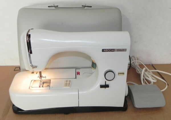 NECCHI LYDIA 3 SEWING MACHINE EXCELLENT WORKING TYPE 544