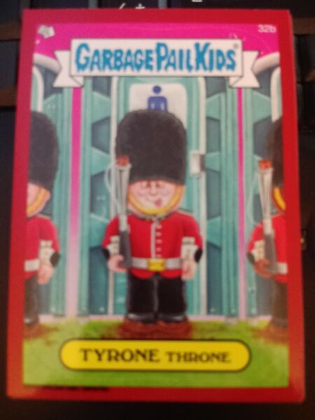Garbage Pail Kids 2014 Series 1 #32b Tyrone Throne Metallic Red Parallel MINT