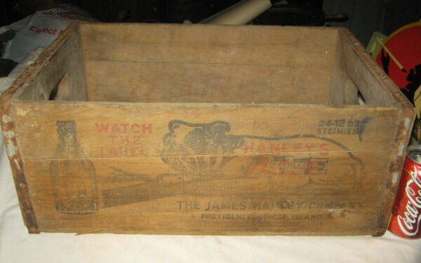 ANTIQUE STORE PRIMITIVE HANLEY'S BEER WOOD DOG ART BOTTLE SIGN BOX CRATE TRAY US
