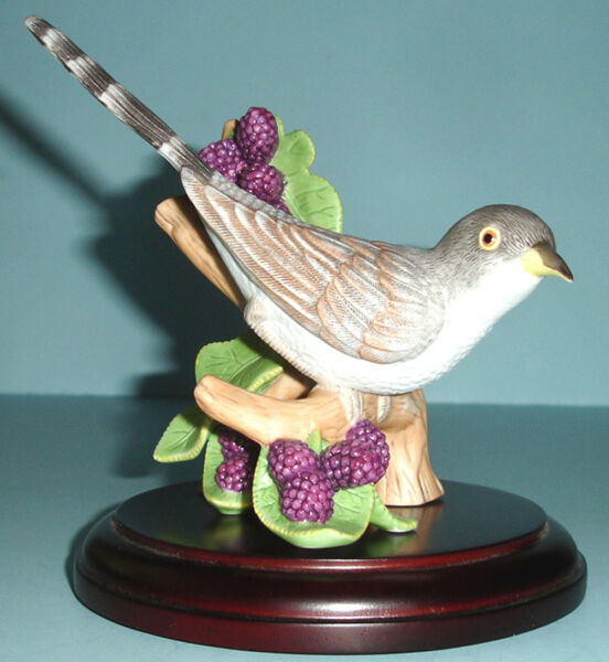 Lenox Yellow-Billed CUCKOO BIRD Figurine Wood Base Garden Bird Collection New