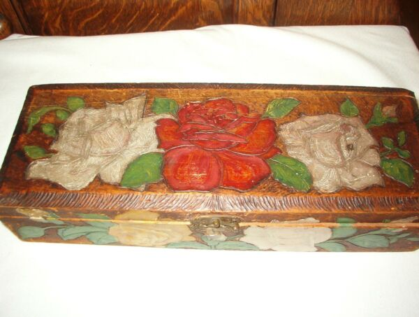 ANTIQUE VINTAGE PYROGRAPHY GLOVE OR TIE BOX  ROSES