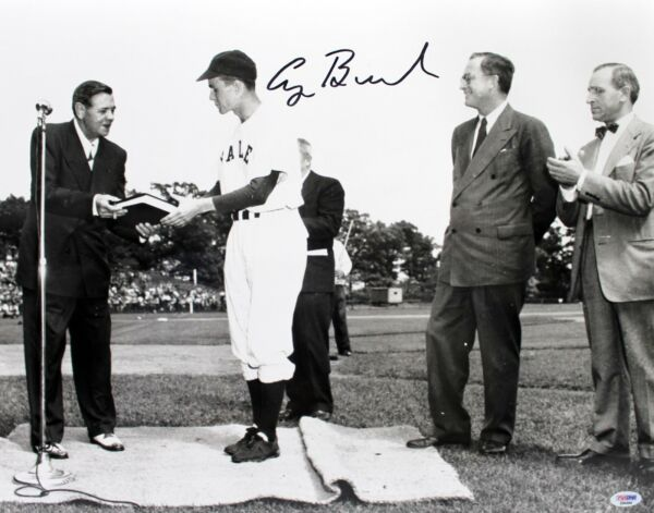 PRESIDENT GEORGE H W BUSH  SIGNED AUTO 16X20 PHOTO BABE RUTH PSADNA GRADED 10