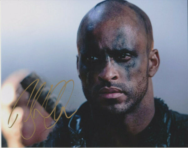 RICKY WHITTLE American Gods Lincoln Actor SIGNED 8x10 Photo B