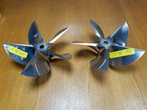 Mercury Racing Cleavor Props 5 Blade 1200HP 17x38x13...Used  Pair of RHLH
