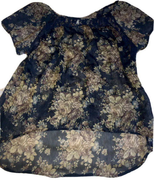 Mudd Women#x27;s Top Large Dark Blue Floral Sheer Short Sleeve Hi Low Good Condition $12.75