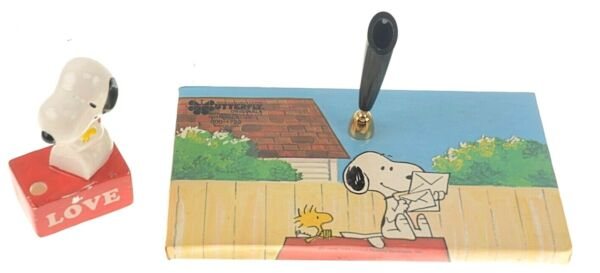 Peanuts Snoopy Pen Pencil Holders Desk Accessories 1965 amp; 1972 Set of 2 Vintage