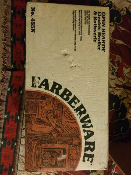 NEW Farberware Open Hearth Electric Broiler Rotisserie Grill 455N Vintage Mint