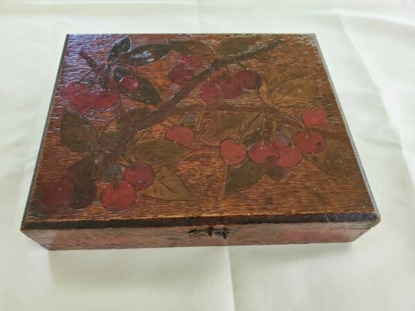 VINTAGE WOODEN BOX HAND PAINTED CHERRY TRUE NICE LOOK