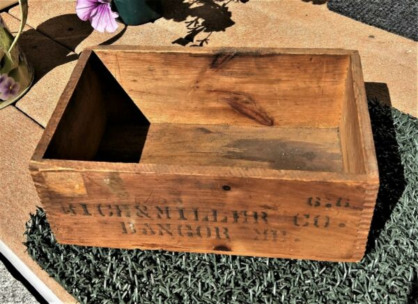 Vintage wooden dovetailed Bangor Maine box stamped Rich amp; Miller Co.