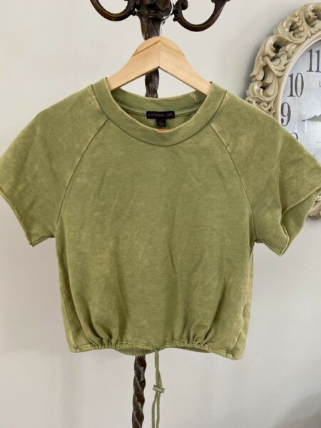 Material Girl Large Moss Stone Short Sleeve Crop Top $24.00
