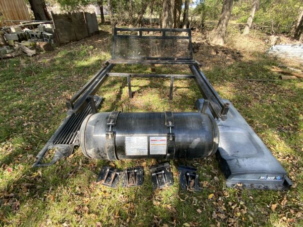Quantum Technologies CNG TYPE 4 Tank And Valve With Custom Rack Mounts Covers $450.00
