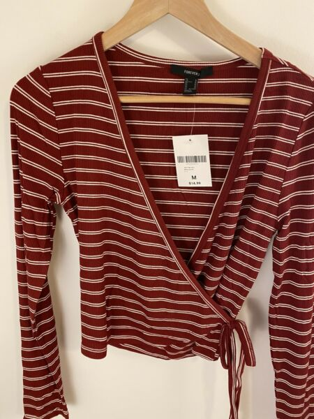 FOREVER 21 Women#x27;s Red amp; White Wrap Tie Cropped Top SIZE Small NWT $10.98
