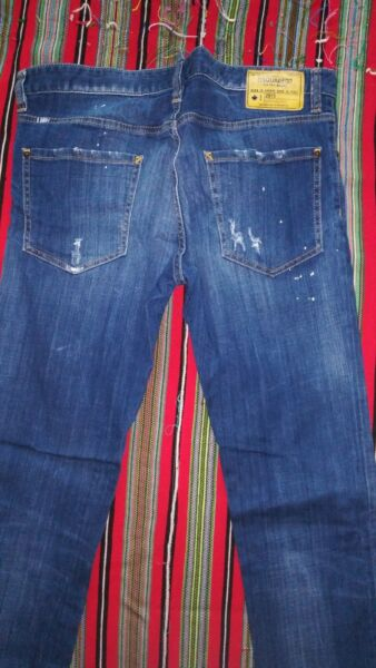 Dsquared2 jeans 52 $140.00