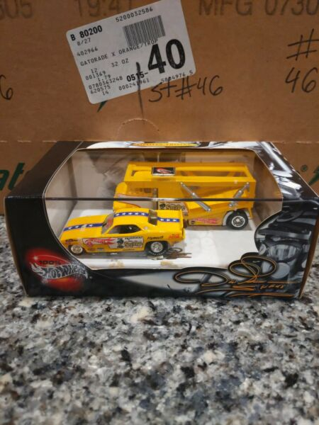 2003 HOT WHEELS 57381 DON PRUDHOMME LIMITED EDITION DIE CAST CAR amp; HAULER NEW
