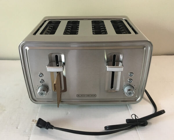 BD 850W 4 Slice Toaster Stainless Steel Extra Wide Slots Bagel High Lift