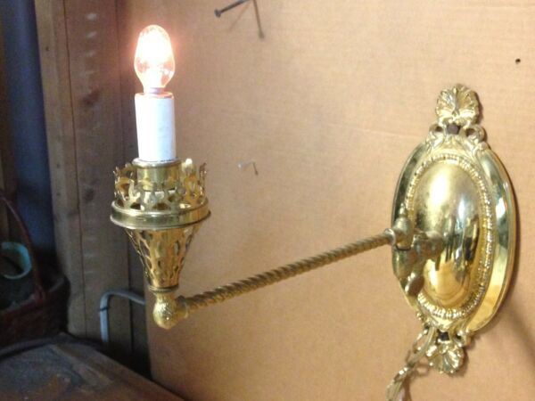 VINTAGE BRASS ELECTRIC GAS LIGHT SCONCE SWING ARM LAMP $34.95
