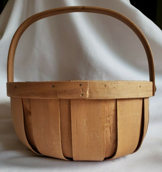 Primitive 9 3 4quot; Round Natural Woven Wood Basket with Handle Vintage THT $12.99