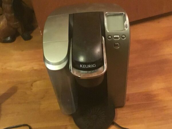 Keurig B70 Platinum Single Cup Brewer BUYER PAYS SHIPPING COST