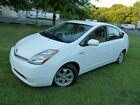 Toyota: Prius 48 45 MPG 1-Owner Clean Carfax