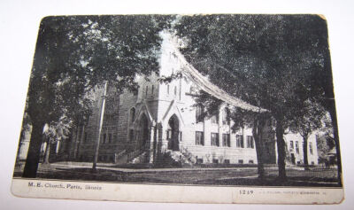 1910 ME Church PARIS ILLINOIS Postcard