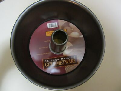 Chicago Metallic GourmetWare Angel Food Cake Pan Non-Stick 9-1/2-Inch  Brand New