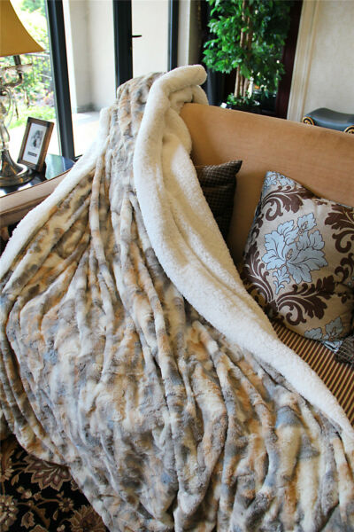 Tache  Brown Russian Lynx Luxury Elegant Super Soft Chic Faux Fur Throw Blanket