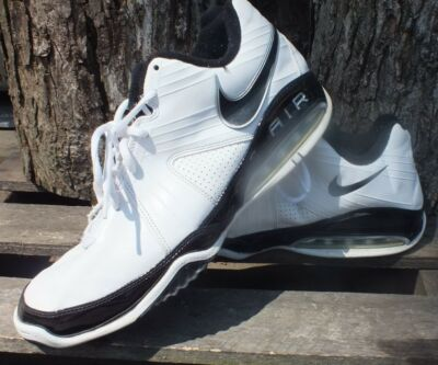 Nike Max Air White Gym Shoes Black Size 11.5 Basketball Running Athletic Used