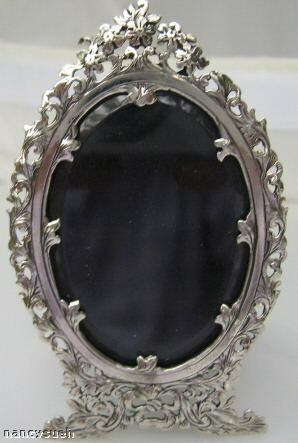 GORGEOUS MINIATURE SOLID STERLING SILVER OVAL FRAME NEW
