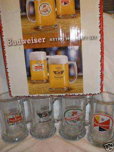 BUDWEISER BEER RETRO MUG GIFT SET (SET OF 4 MUGS) WITH DIFFERENT LOGOS BOXED