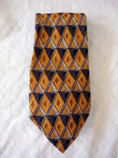 "OMAGGIO BY ROBERT TALBOTT GOLD BROWN BLACK GEOMETRIC SILK TIE 4"" X 60"""