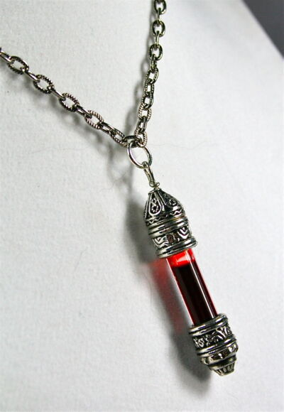 Gothic Goth Vampire Blood Pendant Charm Necklace