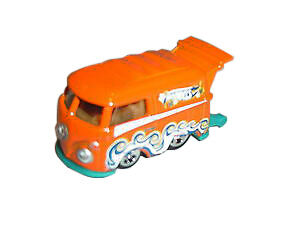 2014 Hot Wheels Volkswagen Kool Kombi HW Workshop