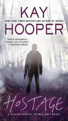 Hostage (A Bishop/SCU Novel), Hooper, Kay, Good Book