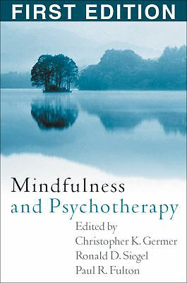 Mindfulness and Psychotherapy, , Good Book