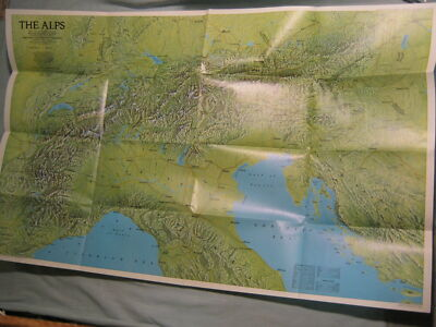 A TRAVELER'S MAP OF THE ALPS National Geographic April 1985 MINT