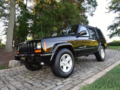 Jeep: Cherokee CLASSIC / SPORT *FREE SHIPPING* CHEROKEE CLASSIC NO RESERVE   FREE SHIPPING   Sport XJ Wrangler 4.0 inline box