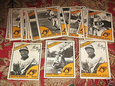 1977 Appleton Foxes minor league set - w/ both Minoso's