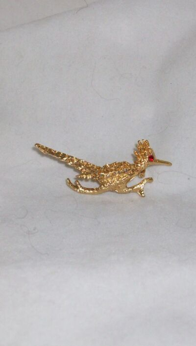 Pin Brooch Roadrunner Bird With Red Rhinestone Eye Goldtone Metal Valentine