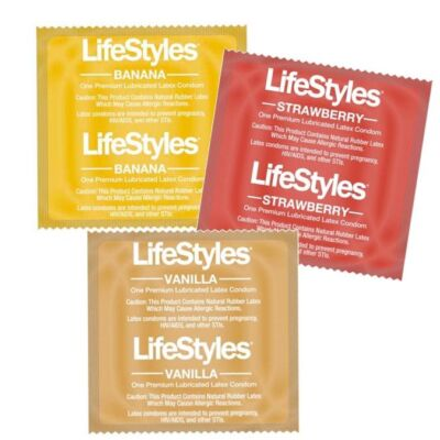 LIFESTYLES LUSCIOUS FLAVORS.VANILLA, BANANA AND STRAWBERRY.100 PIECES PACKAGE.!!