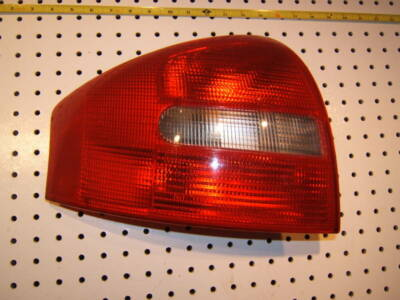 Audi 1999 A6 HELLA /AUDI  OEM LEFT Driver all red taillight 1 assembly,148151-01