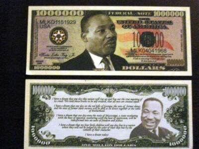 Martin Luther King Realistic Dollar Bill Free Hard Display Case 2 Collect & Gift