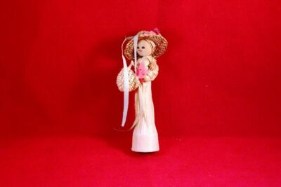 "Charming 5"" Straw Doll Woman"