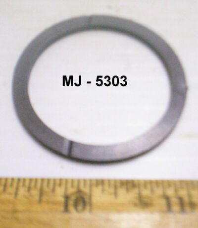 Lot of 4 - Plastic Thrust Bearing Washers - P/N: 6831773 (NOS)