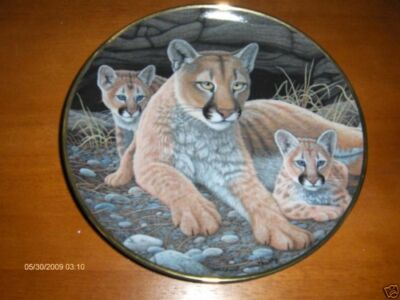 FRANKLIN MINT LIONESS AND CUBS LIMITED EDITION PLATE