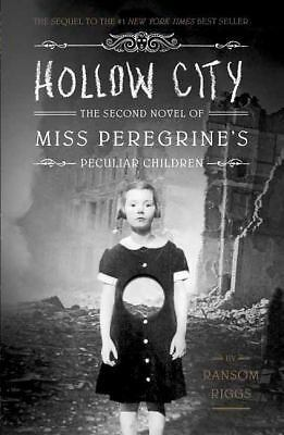 Hollow City (Miss Peregrine's Peculiar Children), Riggs, Ransom, Good Book