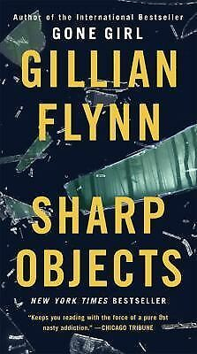 Sharp Objects (Mass Market): A Novel, Flynn, Gillian, Good, Books