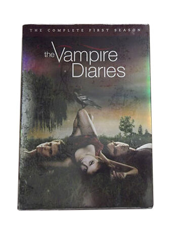 The Vampire Diaries: The Complete First Season (Limited Edition with Exclusive Q