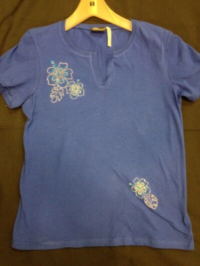 NWOT Blue T-Shirt Top w/ Embellished Flowers sizes S, M, L