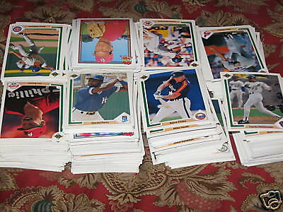 800 1991 Topps & Upper Deck baseball cards - near mint