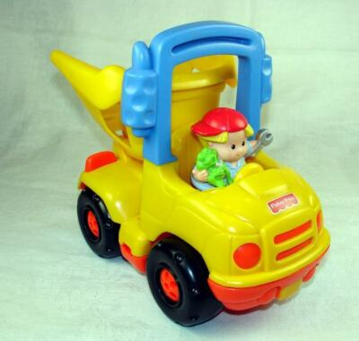Fisher Price Little People Dump Truck n Driver Flip Bed n Handle